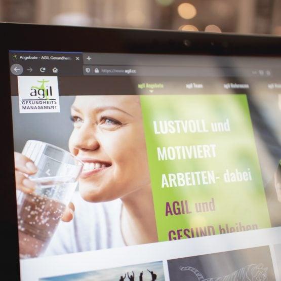 phongjim webdesign portfolio screenfoto agil cc 001 555x555 - agil.cc
